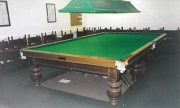 Thurston full size table