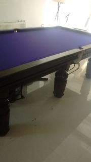 Same-table-cloth-is-a-vivid-purple-Strachan-6811